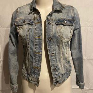 Merona denim jacket light wash size medium